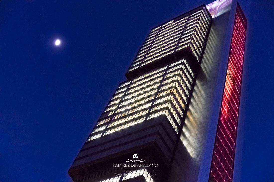 _A9_2622 Torres Castellana noche luna 24,9 6000×4000.jpg